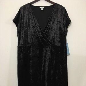 London Times Dresses - NWT London in Women Black Velvet Cocktail Dress